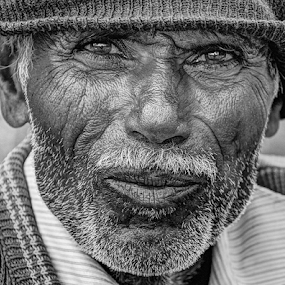 Curious old man by Shrikrishna Bhat - Black & White Portraits & People ( curious, old man )