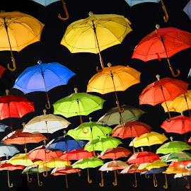 İnfinity Umbrella :) by Murat Can - Artistic Objects Other Objects ( ble, red, green, colors, umbrella, murat can, grey, night, yellow, light, infinity, nightscape,  )