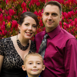 Fall Family by Dale Versteegen - People Family