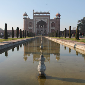 The view people miss while seeing Taj by Srivenkata Subramanian - Buildings & Architecture Public & Historical ( taj mahal, agra, reflections, india, archeological site,  )