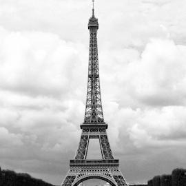Le Tour Eiffel  by Ellie Pearson - Buildings & Architecture Statues & Monuments ( eiffel tower, paris, novice, france, iphone )