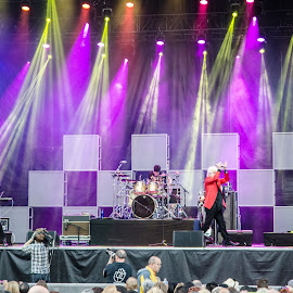 Air Supply in Concert by Cory Bohnenkamp - People Musicians & Entertainers ( music, concert, musicians, air supply, band, pne )