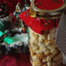 Holiday Stuffing Mix in a Jar