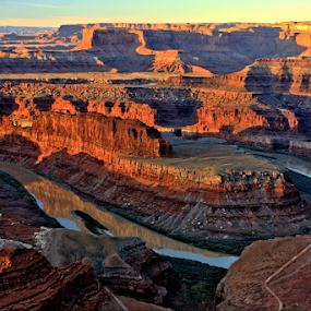 Dead Horse Point by Roxie Crouch - Landscapes Deserts ( colorado river, desert, utah, red rock, dead horse point,  )