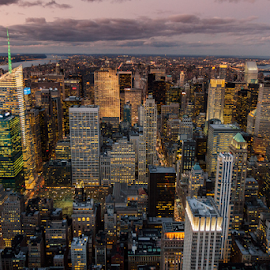 Manhattan - New York by Roberto Melotti - City,  Street & Park  Vistas ( roberto melotti, vision, manhattan, new york, usa, canon 7d, city, sight, big apple, canon eos 7d, vista, night, eyesight, view )