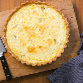 Easy Mixed Cheese Quiche