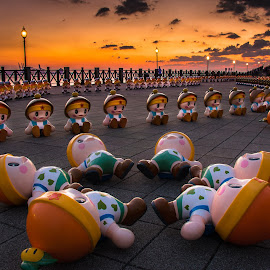 sunset by Gary Lu - Artistic Objects Toys ( gary-lu, sunset )