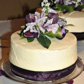 Cake by Patricia Kevin Haughn - Wedding Reception
