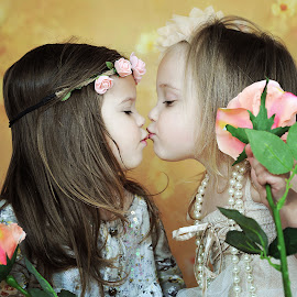 Kiss by Lucia STA - Babies & Children Child Portraits