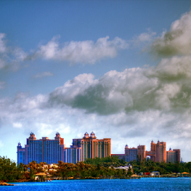 by Dipali S - Landscapes Travel ( tourist resort, famous place, jet - band, set, grandure, sea, vacations, hoiday, nassau, island, luxury, caribbean sea, sky, tree, blue, hotel, bahamas )