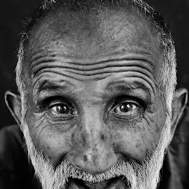 by Mahmoud Reza Moeinpour - People Portraits of Men ( old, portrait, man, black&white )