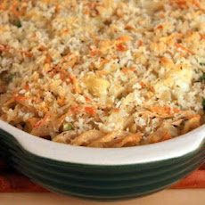 Cheesy Cauliflower and Pasta Casserole