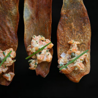 Salmon Tartare on Potato Crisps