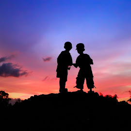menatap masa depan by Wartono Kumpulono - Babies & Children Children Candids