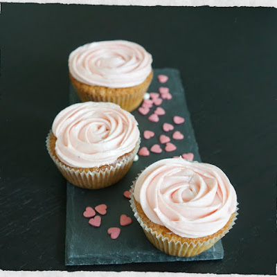 Vanilla Cupcakes With Raspberry Cream Cheese Frosting