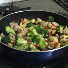 Spicy-Tangy Chicken and Broccoli Stir Fry