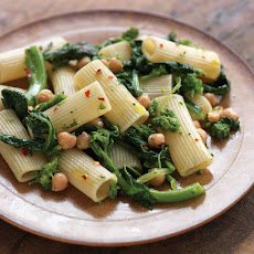 Rigatoni with Broccoli Rabe and Chickpeas