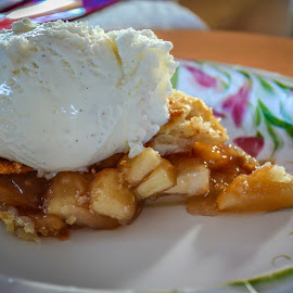 A homemade apple pie by Erin Mahoney - Food & Drink Cooking & Baking ( food, thanksgiving, pie )