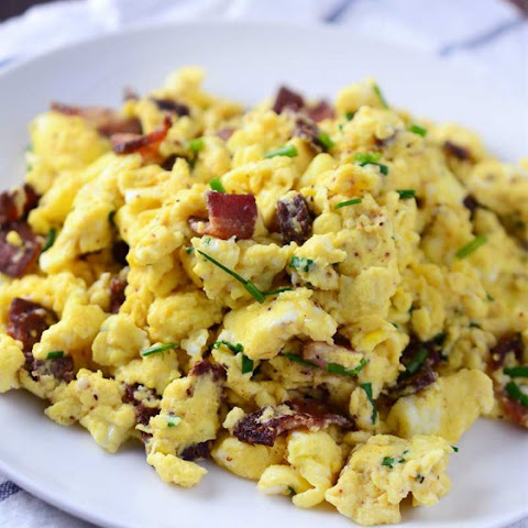 Scrambled Eggs with Pepper Bacon & Chives