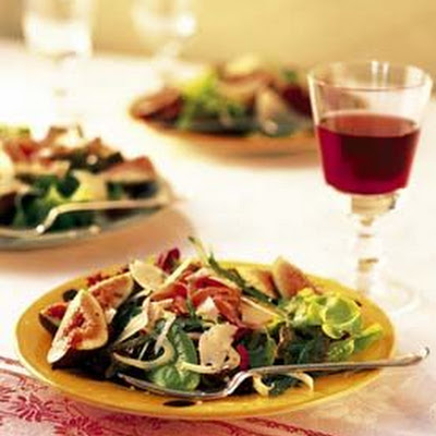 Mesclun, Arugula and Fennel Salad with Prosciutto and Pear Vinaigrette