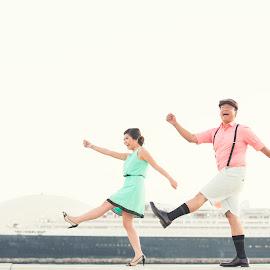 Love is being stupid together by Yansen Setiawan - Wedding Other ( lol, creative, art, losangeles, stupid, funny, illusion, love, yansensetiawanphotography, fineart, prewedding, d800, wedding, lifestyle, la, photographer, yansensetiawan, nikon, yansen, engagement )