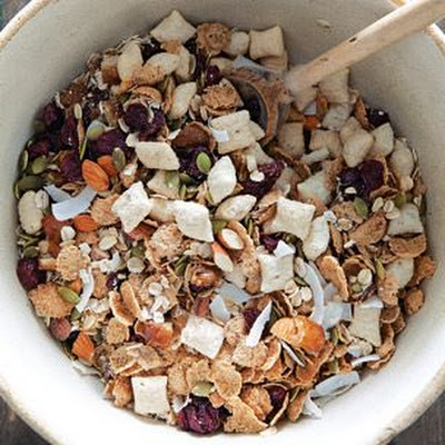 Muesli with Almonds, Coconut and Dried Fruit