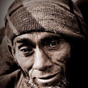 pain by Parvesh Rana - People Street & Candids