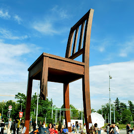 The Broken Chair - UN, Geneva by Sajal Gupta - Artistic Objects Furniture (  )