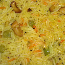 Tangy Lemon Rice with Peanuts