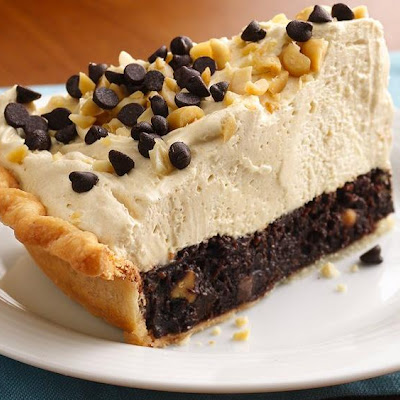 Mile-High Peanut Butter-Brownie Pie