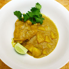 Dinner Tonight: Chicken, Lemongrass, and Potato Curry (Ca-Ri Ga)