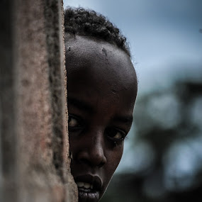 Curiosity by Dragos Birtoiu - People Portraits of Men ( child, african, blue, curiosity, portret, gatab )