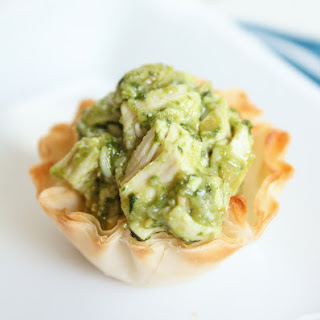 Cheesy Chicken Pesto Cups
