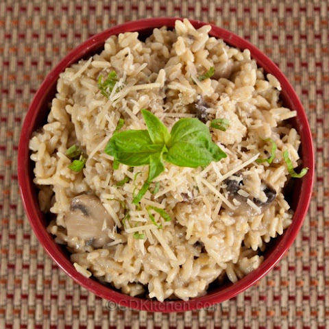 Slow Cooker Brown Rice Mushroom Risotto