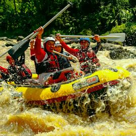 Yihaaaaa !!  Water Rodeo by OC Andoko - Sports & Fitness Watersports ( adventure, watersports, adrenaline, waterrodeo, rafting, river )