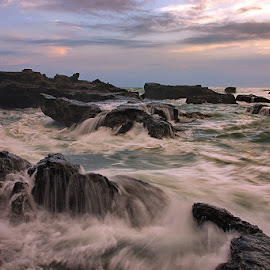 mengening motion by Tino Purnamantha - Landscapes Waterscapes ( #popular, #bali, #indonesia, #beach, #wave, #sunset )