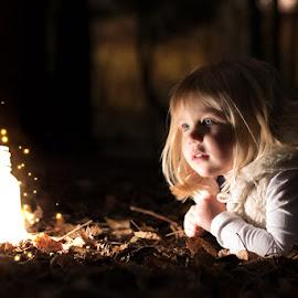 Christmas Sessions by Dominic Lemoine Photography - Babies & Children Child Portraits