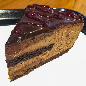Choco-Raspberry Cheesecake by Kapil Shendge - Food & Drink Plated Food ( cheesecake, iphone5s, choco, raspberry, apple, india, starbucks )