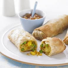 Spiced Pea & Potato Rolls
