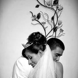 growing love by Rafael Arnoldo Martínez Zúniga - Wedding Bride & Groom ( nicaragua, bride, groom, granada )