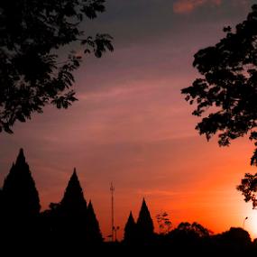 Prambanan  by Fathya Zainuri - Buildings & Architecture Public & Historical ( statue, sunny, indonesia, silhouette, statues, sunrise, prambanan )