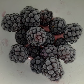 Frozen berries by Vladimir Bogovac - Food & Drink Fruits & Vegetables ( food, fruits, frozen, berries )