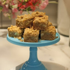 Apple-Cognac Crumb Cake