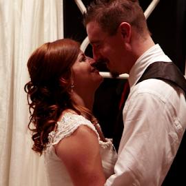 by Samantha's Photography-Studio - Wedding Bride & Groom