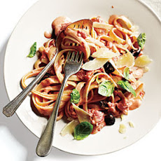 Fettuccine with Tomato-Cream Sauce
