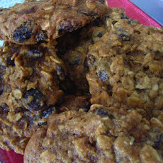 Addictive Oatmeal Molasses Cookies