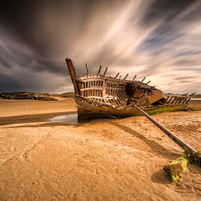 Bunbeg Ship Wreck by Peter Krocka - Transportation Boats ( ireland, seascape, boat, , storm, stormy, weather )