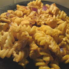 Creamy Red Pesto Chicken With Pasta