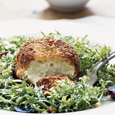 Crispy Warm Goat Cheese Salad