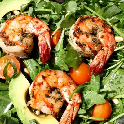 Spicy Shrimp with Avocado and Arugula Salad